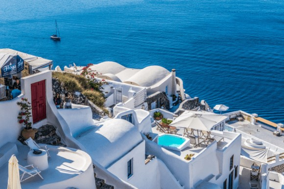 Luxury Yacht charter greece-santorini