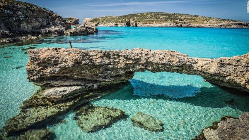 luxury Malta sea