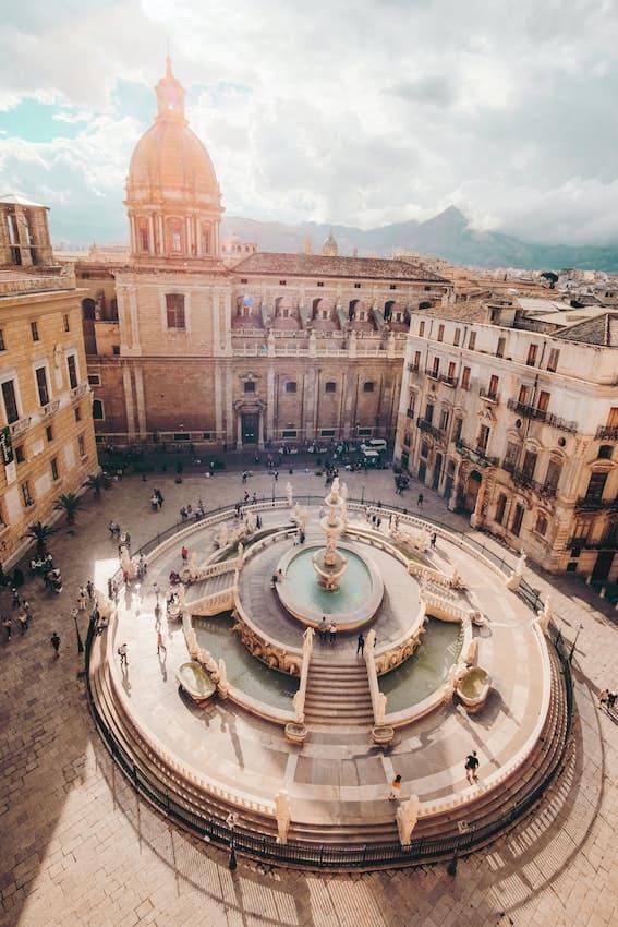 Cristina Gottardi Piazza Pretoria Palermo  Sicily