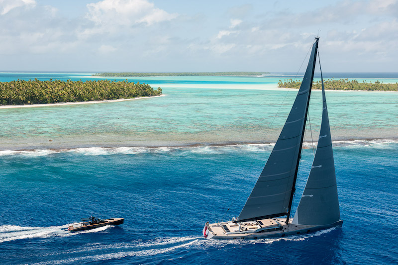 Sailing yacht Sharlou