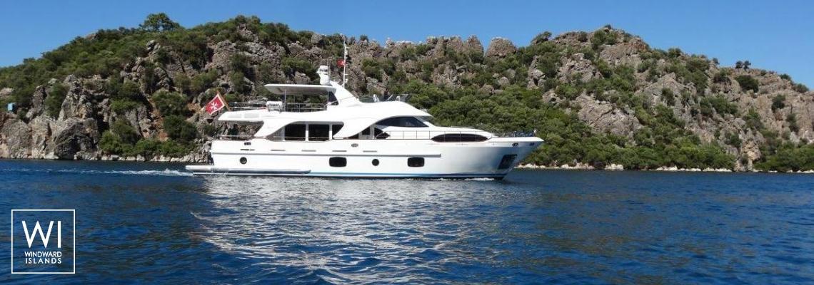 Rebecca V Benetti Yacht 26M