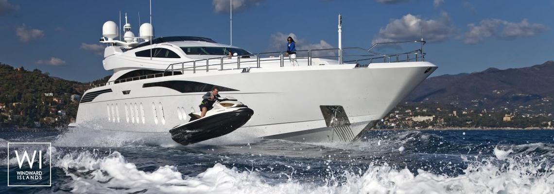 Lisa IV (ex Auspicious) Leopard Yachts Leopard 46M Exterior 1