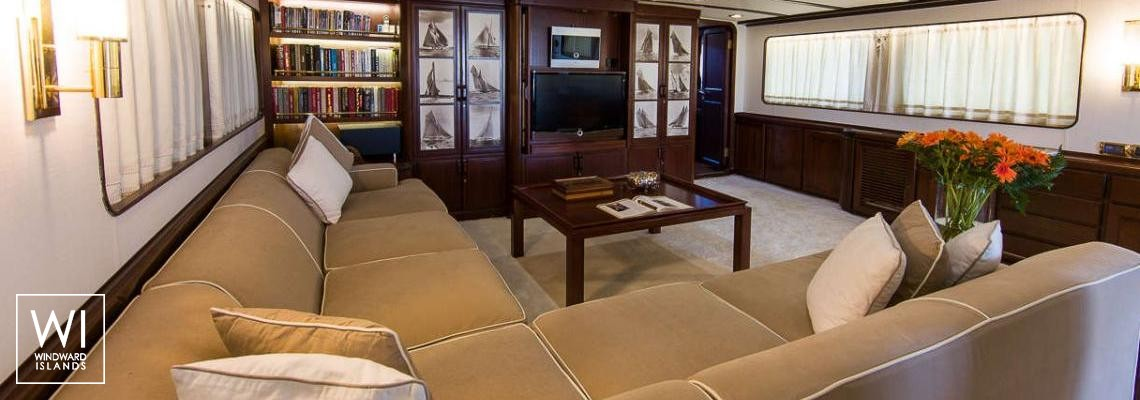 India Benetti Classic 35M Interior 1