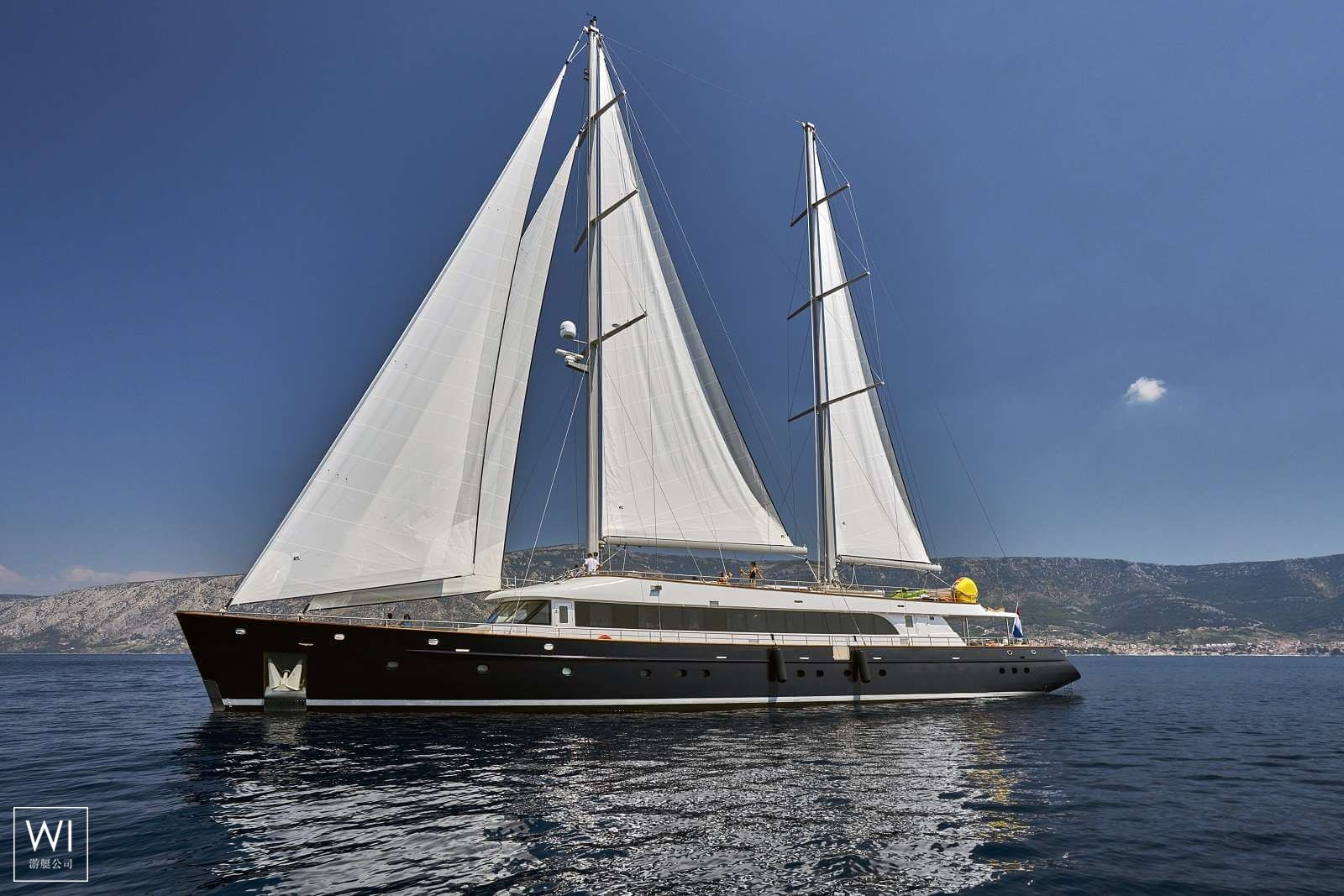 Yacht 43MCustom