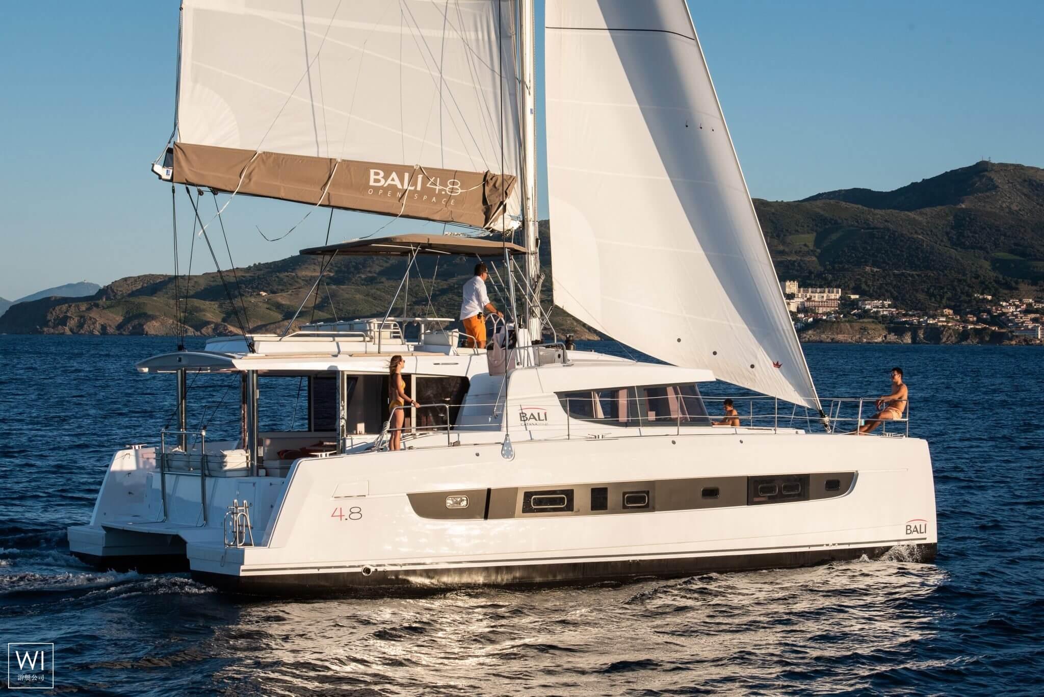 Bali 4.8 Catana Catamaran Exterior 1