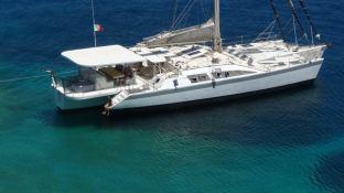 Catamaran 24M Exterior 1