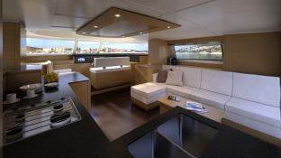 Cumberland 47 Fountaine Pajot Interior 1