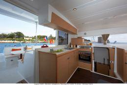 Lagoon 420 Lagoon Catamaran Interior 1