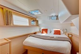Lagoon 450 Owners Version Interior 1