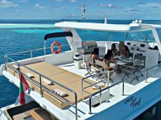 OVER REEF   Catamaran 54' Exterior 5