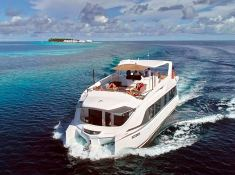 OVER REEF   Catamaran 54' Exterior 6