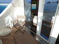 OVER REEF   Catamaran 54' Interior 12