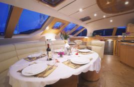 Privilege  585 Alliaura Marine Interior 5