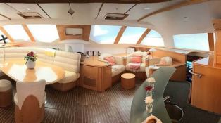 Privilege  585 Alliaura Marine Interior 6
