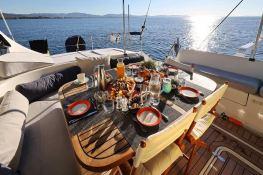 Ocean Med (ex Go Free) Alliaura Marine Privilege  585 Interior 10