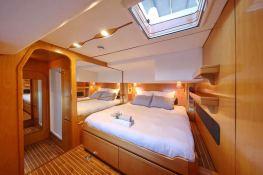 Ocean Med (ex Go Free) Alliaura Marine Privilege  585 Interior 8