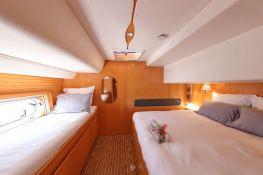 Ocean Med (ex Go Free) Alliaura Marine Privilege  585 Interior 14