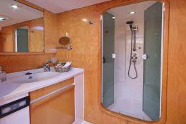 Ocean Med (ex Go Free) Alliaura Marine Privilege  585 Interior 15