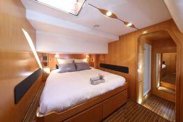 Ocean Med (ex Go Free) Alliaura Marine Privilege  585 Interior 9