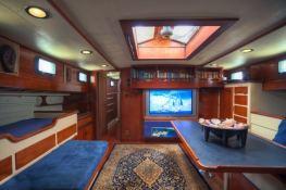 Schooner 83'  Interior 1