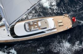 Red Dragon Alloy Yachts Sloop 52M Exterior 3