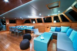 Che  Sunreef Catamaran Sail 113' Interior 4