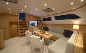 Nephele (ex Ipanema) McMullen  Sloop 34M Interior 1