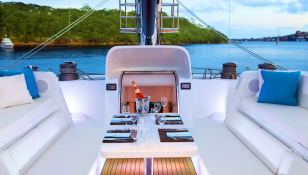 Necker Belle  CMN Catamaran 32M Exterior 3