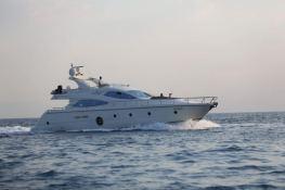 Gaffe  Aicon Yachts Aicon Fly 64 Exterior 2
