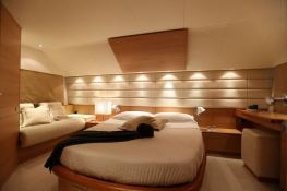 Gaffe  Aicon Yachts Aicon Fly 64 Interior 7