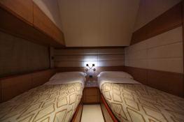 Gaffe  Aicon Yachts Aicon Fly 64 Interior 8