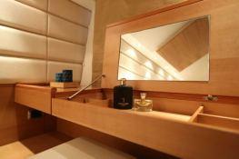 Gaffe  Aicon Yachts Aicon Fly 64 Interior 15