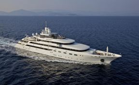 Omega Mitsubishi Yacht 82M Exterior 2