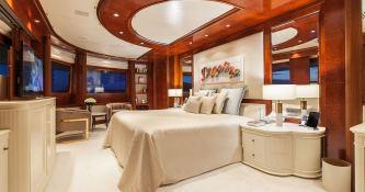 Omega  Mitsubishi Yacht 82M Interior 2