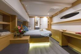 Victoria 67' Fountaine Pajot Interior 5