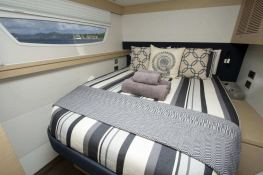 Nenne  Fountaine Pajot Victoria 67' Interior 1