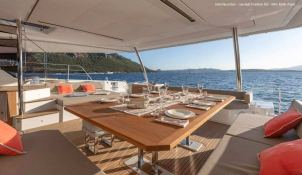 BLACK CAT  Fountaine Pajot Victoria 67' Interior 8