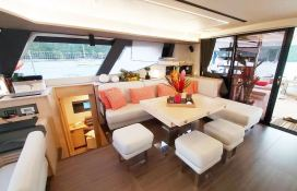 BLACK CAT  Fountaine Pajot Victoria 67' Interior 13