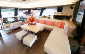 BLACK CAT  Fountaine Pajot Victoria 67' Interior 16