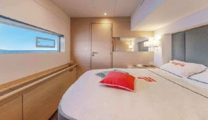 BLACK CAT  Fountaine Pajot Victoria 67' Interior 6