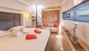 BLACK CAT  Fountaine Pajot Victoria 67' Interior 18