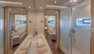 BLACK CAT  Fountaine Pajot Victoria 67' Interior 19