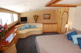Zingara  Matrix Catamaran Silhouette 76' Interior 2