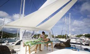 Kings Ransom  Matrix Catamaran Silhouette 76' Interior 9