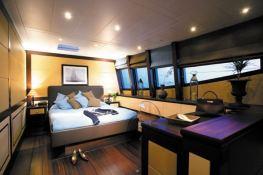 Allures Blubay Catamaran 102' Interior 2