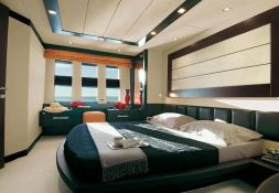 Chimera Azimut Yachts Open 86S Interior 2