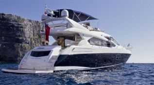 Manhattan 63' Sunseeker Exterior 2