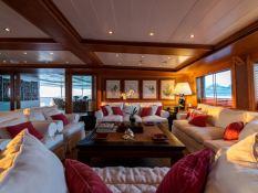 Bleu de Nimes  Clelands Yacht 237 Interior 10