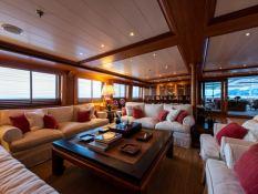 Bleu de Nimes  Clelands Yacht 237 Interior 11