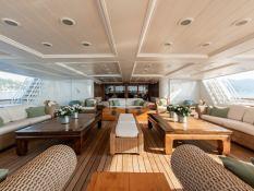 Bleu de Nimes  Clelands Yacht 237 Interior 12